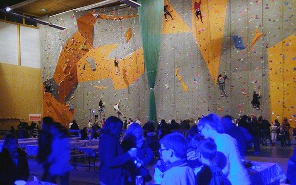 11-club-Avranches-soiree-nuit-de-la-grimpe-2016.jpg